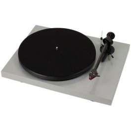 Pro-Ject Debut Carbon DC + 2M Red